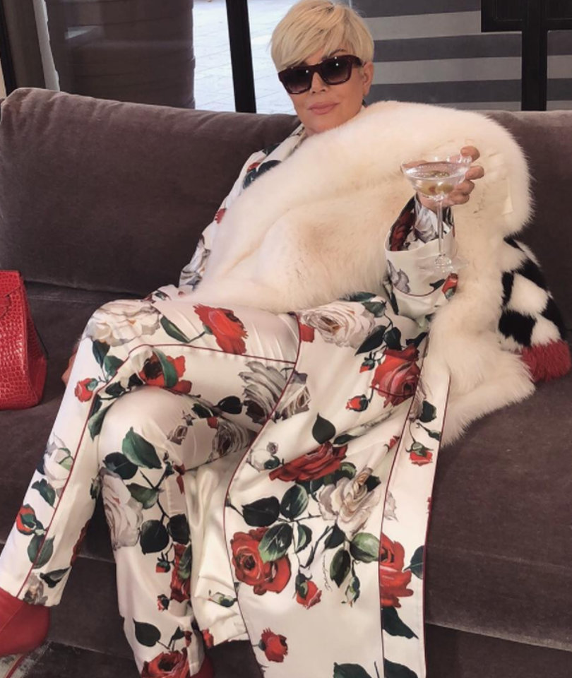 31 Funniest Reactions to Kris Jenner's Blonde and Bougie Photo