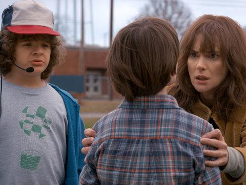 'Stranger Things' You Forgot: 9 Things to Know Before Binging Season 2