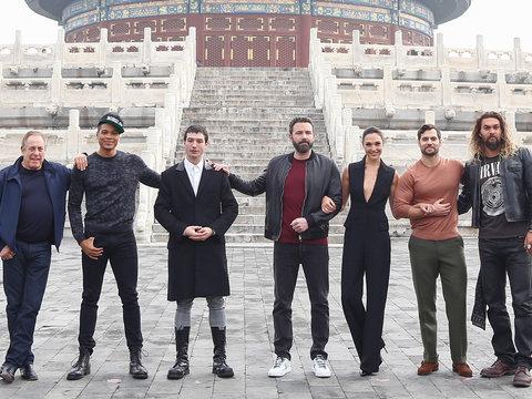 'Justice League' Cast Visits Temple Of Heaven on Beijing Press Tour