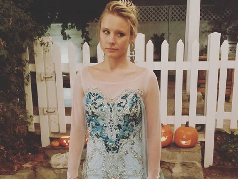 Kristen Bell Doesn't Look Happy To Be Dressed as Elsa for Halloween