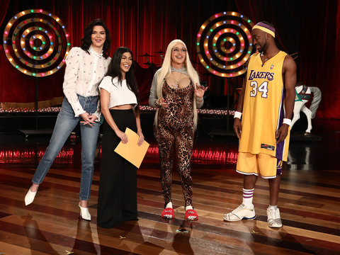 Ellen DeGeneres Mocks Kardashian Pregnancies for Halloween