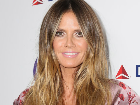 Heidi Klum Goes Butt Naked on the Beach In Cali