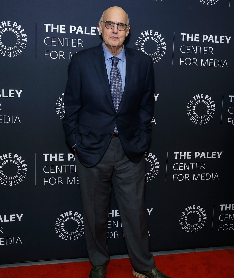 Jeffrey Tambor Quits 'Transparent' Amid Sexual Harassment Claims, Maintains…