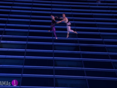 P!nk's Acrobatics at the AMAs