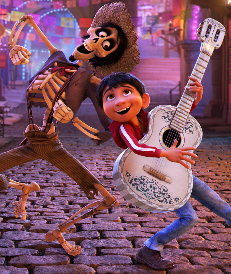 Why Pixar's 'Coco' Is an Unexpectedly Perfect Thanksgiving Movie