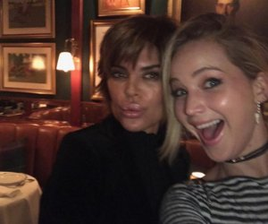 'Housewives' Fan Jennifer Lawrence Fan Girls Out Over Lisa Rinna