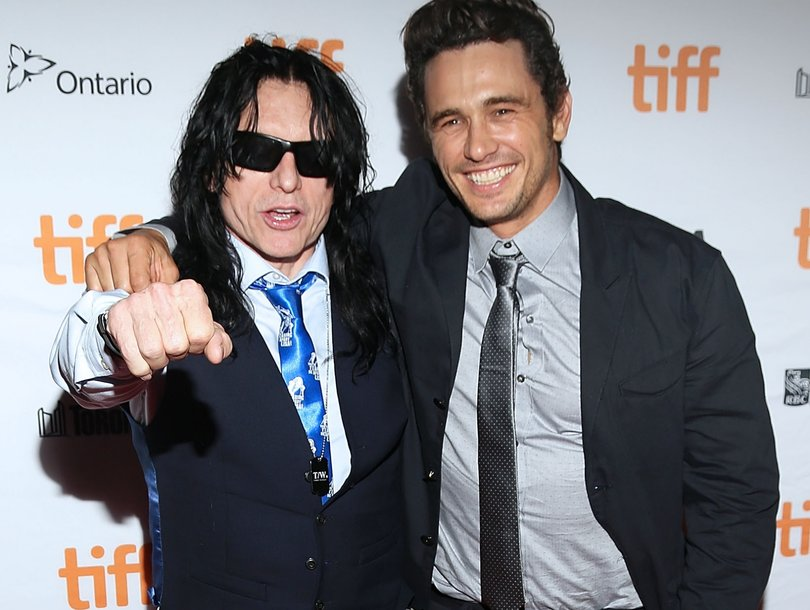 Watch Tommy Wiseau Show 'Disaster Artist' Star James Franco How to Throw a Football
