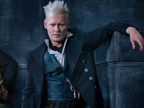 'Fantastic Beasts' Director Defends Johnny Depp From Abuse Allegations