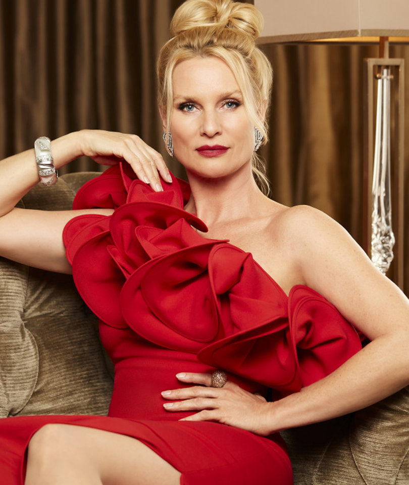 Nicollette Sheridan Joins the Cast of 'Dynasty' as Alexis Carrington