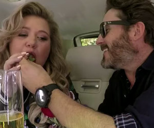 Kelly Clarkson's Carpool Karaoke Turns Into Awkward Date Night