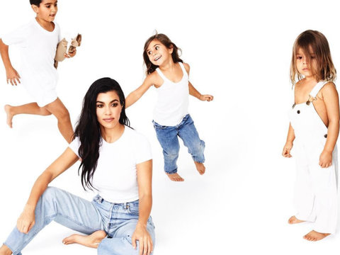 Kardashian Family Christmas Cards