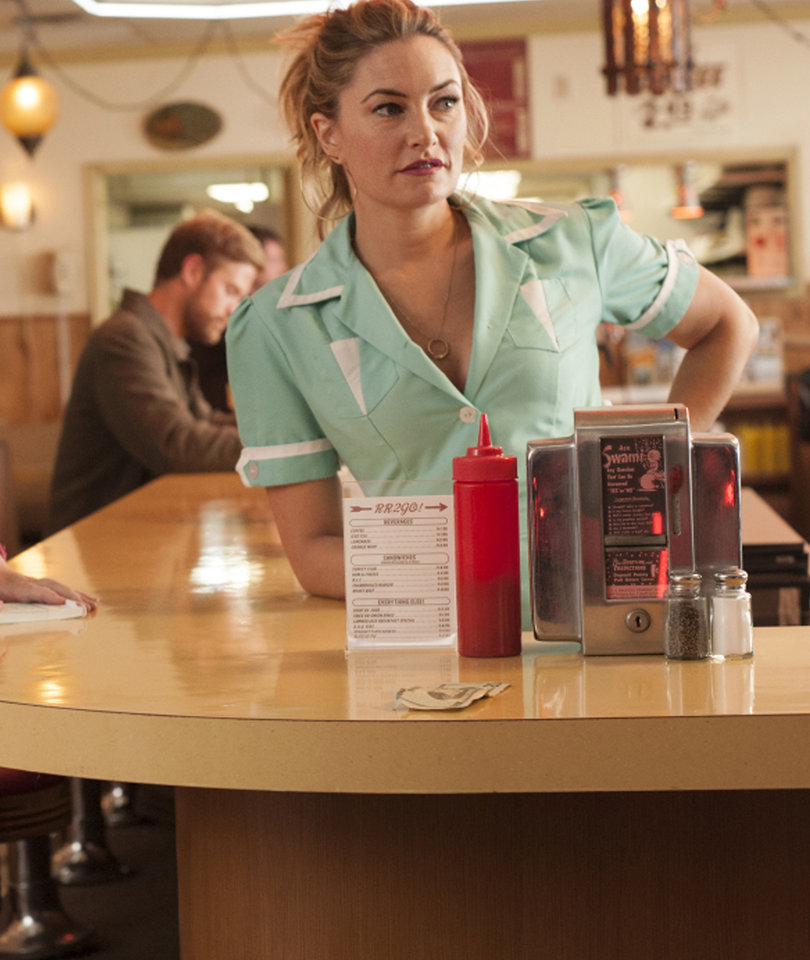 Amick Down for More 'Twin Peaks' -- What She'd Like to See Happen
