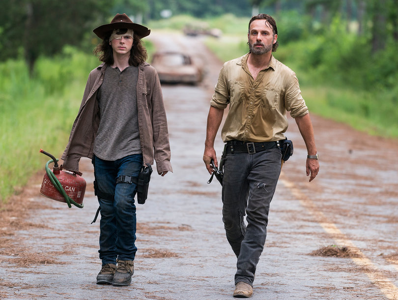 'The Walking Dead' Winter Finale: Twitter Explodes Over That Shocking Final Moment, Deaths