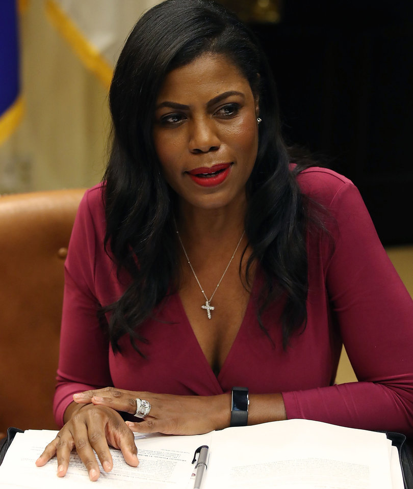 Twitter LOLs at Omarosa: 17 Funniest Reactions to Her White House Departure