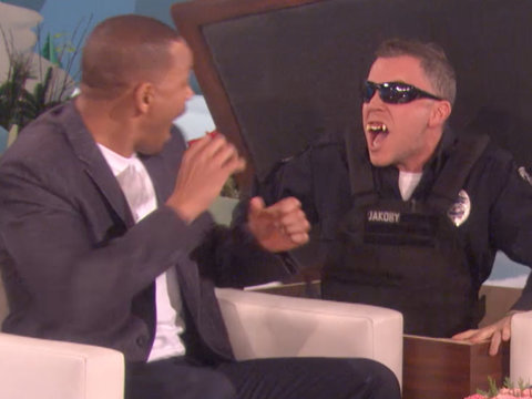 Ellen Scares Will Smith While Shooting His First Instagram Photos