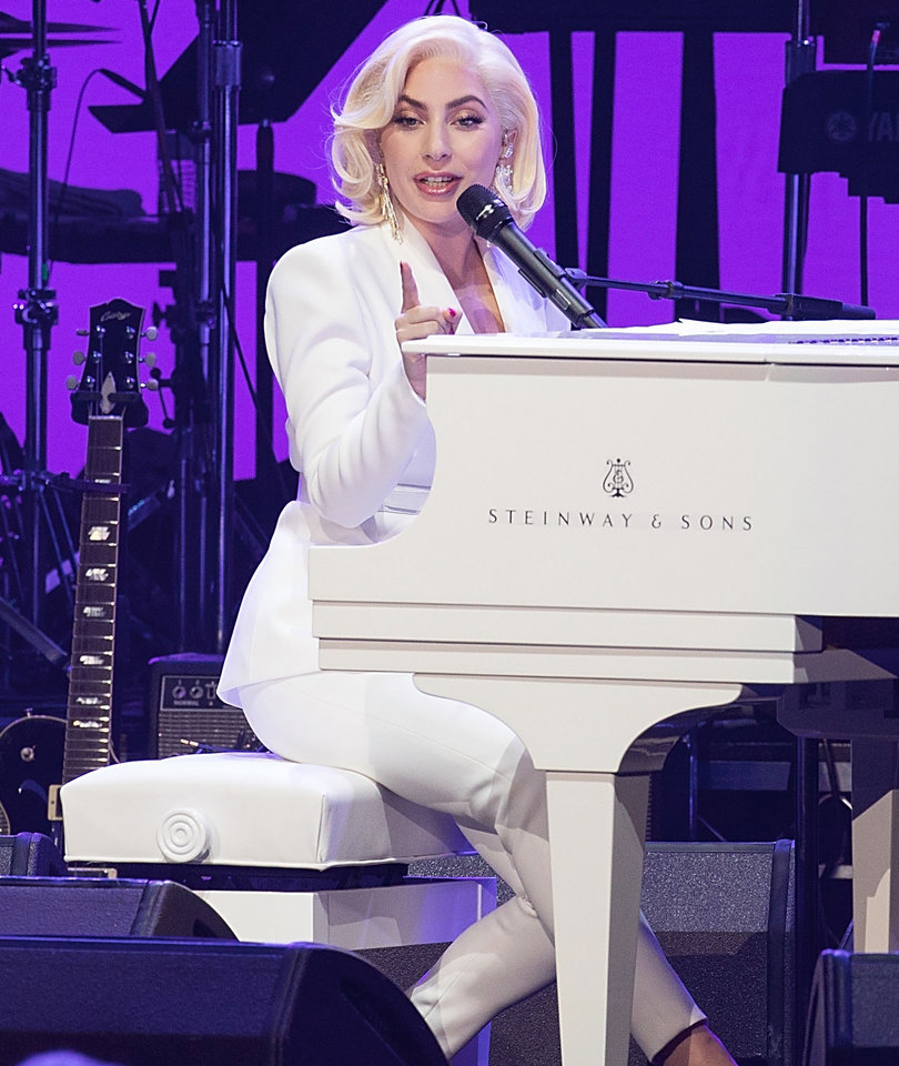 Lady Gaga Signs on for Las Vegas Residency