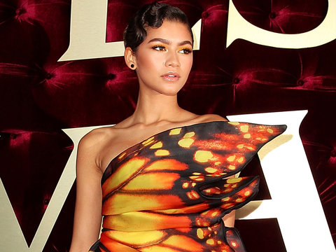 Zendaya Coleman Spreads Her Wings at 'The Greatest Showman' Premiere