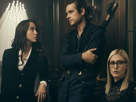 'The Magicians' Stars Proud of Showrunners for Tackling Rape