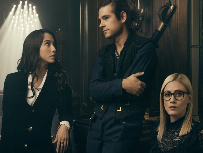 'The Magicians' Stars Applaud Showrunners for Mixing Fantasy With Reality of Rape in Season 3