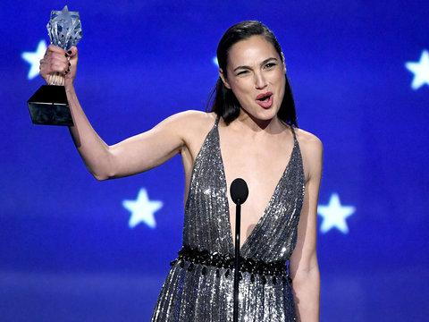 Gal Gadot's Critics' Choice Awards Speech Would Make Wonder Woman Proud