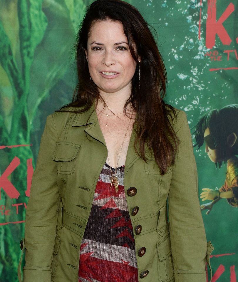 Holly Marie Combs Blasts CW's 'Charmed' Remake