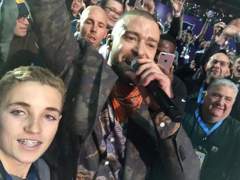 Selfie Kid Explains How Viral Super Bowl Halftime Moment with Justin Timberlake Happened