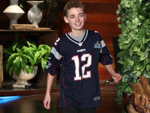 Justin Timberlake Brings Super Bowl Selfie Kid to Tears on 'Ellen'