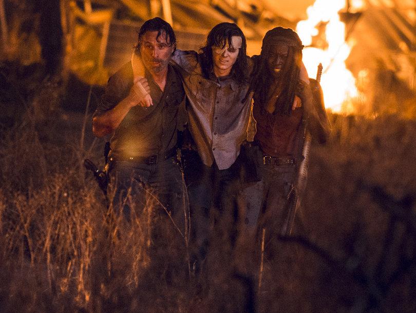 'Walking Dead' Twitter Breaks Down Over Heartbreaking Death and That Negan Vision