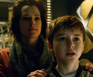 Netflix's First 'Lost in Space' Trailer Teases Humanity's Next Great Step