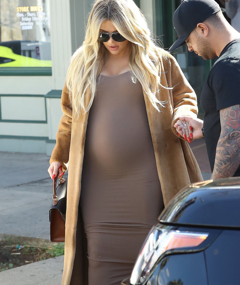 Khloe Kardashian's Baby Bump Keeps Growing as She's Spotted Baby Shopping