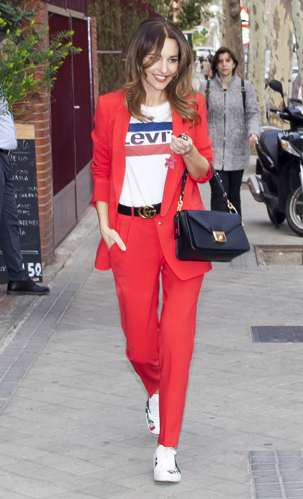 Friday Fits The Best Celebrity Fashion Of Week Rudyk Torch Tunik Women Navy Misty L Gettyimages 921960370 Master
