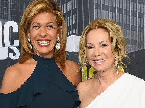 Hoda Kotb and Kathie Lee Gifford Audition for 'The Voice'