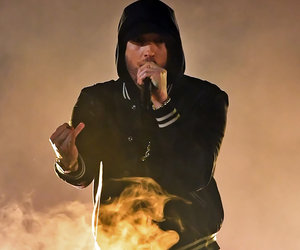 Eminem Targets NRA in iHeartRadio Music Awards Performance