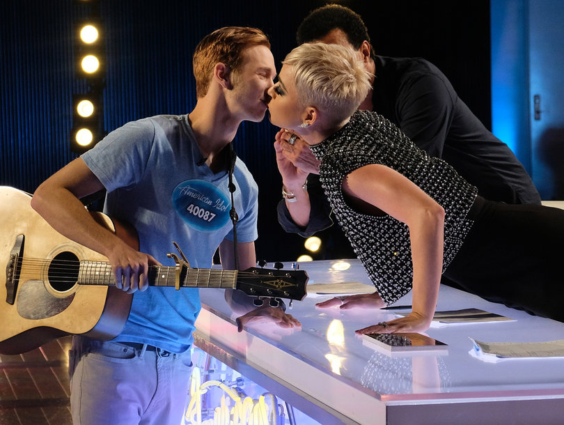 'American Idol' Contestant Changes Tune on Surprise Katy Perry Kiss: 'I Do Not Think I Was Sexually Harassed'