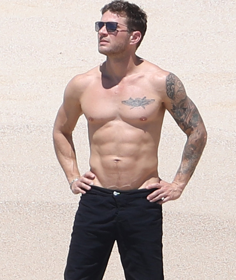 Ryan Phillippe is Making Us Want to Hop on a Plane to Cabo