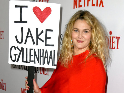 Drew Waves 'I Heart Jake Gyllenhaal' Sign After Calling Him 'Least Talented Co-Star'