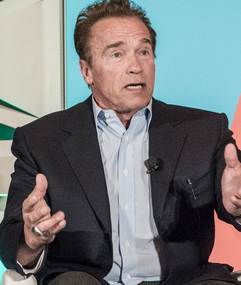 Schwarzenegger Compares Republican Party to the Titanic: 'It Is Dying'