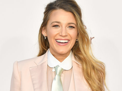 Blake Lively Is Nearly Unrecognizable in Two Looks for Upcoming Film, Wustoo